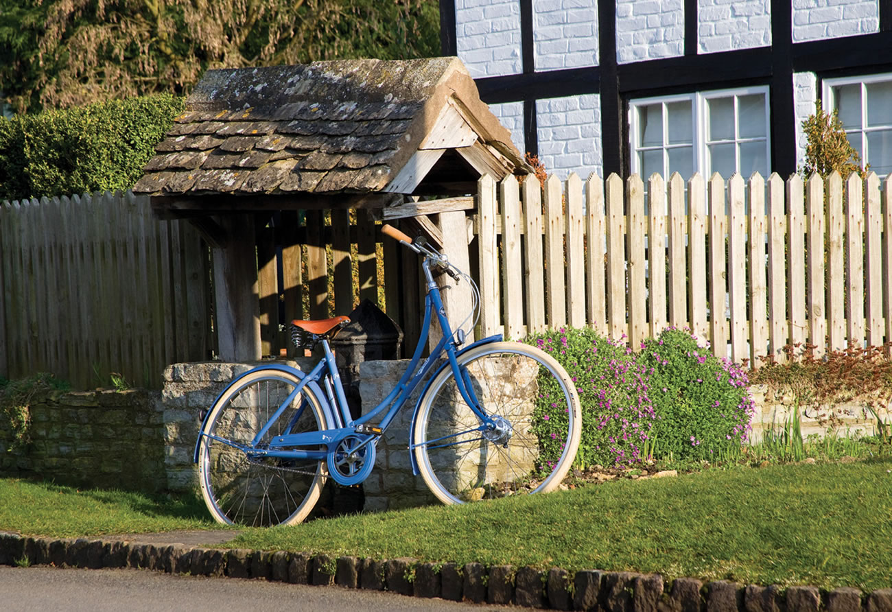 Pashley Poppy Blue